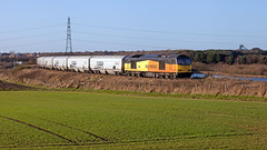 Pylon The Agony (Richie B.) Tags: 6n86 woodhorn northumberland gbrf europorte great britain railfreight procor brush traction mirrlees class 60 60002