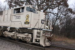 In agreement...... (MILW157) Tags: cp 7021 canadian pacific rail railroad sd70acu oconomowoc