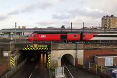 43238 - 1W11 - York - 14.12.2019(2) (Tom Watson 70013) Tags: york class43 hst lner station train railway 43238 1w11 minster bridge