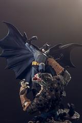 Batman vs Killer Croc | Statue | DC Collectibles (leadin2) Tags: canon 2018 collectibles dc statue diorama justice league detective batman darkknight dark knight killer croc versus reptilian enemy universe battle comics