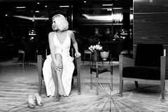 Pin Up Caroline - Hair Effect (freddy.roma) Tags: pinup pinupcaroline pin pésdescalços piedsnus pied caroline cover cafi crazyinlove cotedazure cannes crazy carolinetheswingfellows cotedazur concert city côted'azur côtedazur barefoot blonde beauty babe blanc freddyroma feet france foot facebook french famous frenchriviera fineart fender freddy roma rockn swing fellows sexy soles sole stratocaster stockings theswingfellows talon aiguille art jazz guitar glamour gretsch legs leg heels liveband live music musiclive monaco youtube provencealpescôtedazur