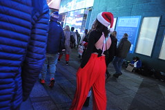 Holiday Season Times Square 2019 (zaxouzo) Tags: timessquare holiday season people santa 2019 streetstyle candid nyc nikond90