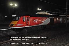 43307 Here seen in Durham station on 14th December 2019 (carsbusestrainsandtrucks) Tags: 43307 hst train class 43 railway durham intercity 125 locomotive trains 1976 diesel