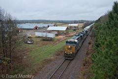 CSX L210-14 in Mountville (Travis Mackey Photography) Tags: csx mountville sc l210 monroe sub gevo train railroad locomotive barns trees grass sky trailer