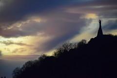 Sagrado Corazon (gabrielg761) Tags: sagrado corazon donosti velar atardecer urgull monte
