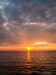 Shine! (Through_Urizen) Tags: category erdek kapidag places seascape sunset turkey canon canon1585mm canon70d outdoor coast coastal evening sun sunrays clouds cloudy sunglow goldenrays goldenhour sundown landscapephotography sea water calmwater
