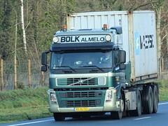 Volvo FM globetrotter from Bolk Almelo Holland. (capelleaandenijssel) Tags: bsbj03 truck trailer lorry camion lkw netherlands nl maersk container box