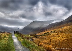 Rhyd Ddu Path - snowdonia (Ade Ward Phototherapy.) Tags: misty rain llanberis mountains nikon autumn path sky clouds atmospheric moods scenery landscape wales northwales snowdonia rhydddupath