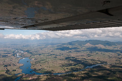 100412 Hamilton (CTC)-07.jpg (Bruce Batten) Tags: aerial aircraft airplanes atmosphericphenomena businessresearchtrips cloudssky lakesponds locations newzealand occasions plants reflections riversstreams shadows subjects trees trips vehicles