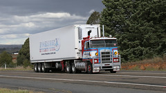 Pantecs With Stories (4 of 11) (Jungle Jack Movements (ferroequinologist) all righ) Tags: diamond t rio intercentre k125 k123 storey w925 k100 k124 w900 kenworth kw northwest simply red single highway hauling haulin hume sydney 2019 yass classic historic vintage veteran hcvca vehicle run hp horsepower big rig haul haulage freight cabover trucker drive transport delivery bulk lorry hgv wagon nose semi trailer deliver cargo interstate load freighter ship motor engine power teamster tractor prime mover diesel injected driver cab wheel pantec pantechnicon van