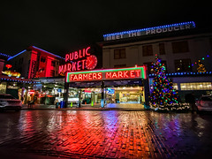 Pike Place Market, Seattle (Paddy O) Tags: historicbuilding washington pikeplace pikeplacemarket christmaslights 2019 citylights holidays christmas seattle downtown