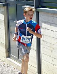 Gregory (Cavabienmerci) Tags: suisse schweiz switzerland run running race sport sports runner läufer lauf course à pied coureur boy boys baldeggerseelauf 2017 hitzkirch