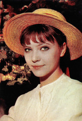Anna Karina (1940-2019) (Truus, Bob & Jan too!) Tags: annakarina anna karina danish french actress european filmstar pinup sexy glamour cine cinema kino film picture screen movie movies star filmster vintage collectorscard sammelkarte verzamelkaart carte cartolina tarjet musicfan nouvelle vague godard rip