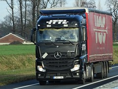 Mercedes-Benz Actros MP4 streamspace from ITTL Lithuania. (capelleaandenijssel) Tags: lbg182 truck trailer lorry camion lkw netherlands vos lt