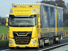 DAF XF116 superspacecab LZV from van den Berg Holland. (capelleaandenijssel) Tags: 35bng9 truck trailer lorry camion lkw netherlands nl