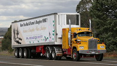 Pantecs With Stories (5 of 11) (Jungle Jack Movements (ferroequinologist) all righ) Tags: diamond t rio intercentre k125 k123 storey w925 k100 k124 w900 kenworth kw northwest simply red single highway hauling haulin hume sydney 2019 yass classic historic vintage veteran hcvca vehicle run hp horsepower big rig haul haulage freight cabover trucker drive transport delivery bulk lorry hgv wagon nose semi trailer deliver cargo interstate load freighter ship motor engine power teamster tractor prime mover diesel injected driver cab wheel pantec pantechnicon van