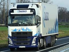 Volvo FH4 globetrotter from Dasko Holland. (capelleaandenijssel) Tags: po4lj31 truck trailer lorry camion lkw netherlands pl polska