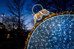 Christmas decoration (explore 2019-12-15) (Maria Eklind) Tags: ornament bauble twilight december sweden gustavadolfstorg malmö christmas christmasdecoration bluehour skånelän sverige