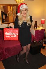 The Holidays are Coming (suedel36) Tags: crossdresser crossdressing cd tg tgirl tgurl transvestite pantyhose