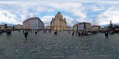 Dresden - Historischer Weihnachtsmarkt auf dem Neumarkt 360 Grad (www.nbfotos.de) Tags: dresden neumarkt historischerweihnachtsmarkt weihnachten christmas xmas frauenkirche 360 360gradfoto ricohthetaz1 sachsen