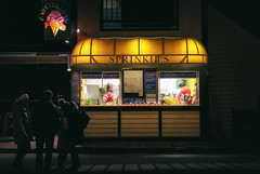 Sprinkles... (8230This&That) Tags: newportri rhodeisland ri citybythesea sprinklesicecream nightphotography streetphotography streetscene nightscene bowenswharf peoplewatching newport unitedstatesofamerica