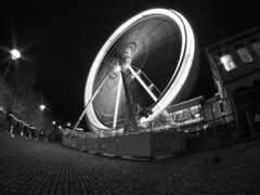 This Country Is Spinning Out Of Control (RS400) Tags: bristol wheel skyview sky view black white cool bw amazing long shutter speed travel outside landscape fish eye fisheye lens olympus low down photography photo south southwest west uk lights light buildings building brick xmas christmas 2019 flicker night dark window cold december spinning