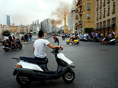 Beirut - Libano (pirindao) Tags: foto fotografía fotografíaurbana fotografíadeviaje beirut libano lebanon revolution piririndao photography photo photoshop people color beyrouth