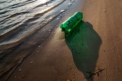 (lenelenka) Tags: trash light abstract sal24f20z distagon surreal litter garbage