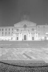 Foggy before Xmas - Reggio Emilia - December 2018 (cava961) Tags: xmas fog analogico analogue monochrome bianconero bw canon