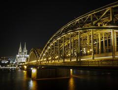 20191215-Cologne (Damien Walmsley) Tags: koln cologne rhone railwaybridge night lights longexposure water reflections