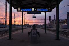 Dobré ráno, Přerove! (cz.EightyFour) Tags: vlak train zug 2560 nikond7200 přerov dawn