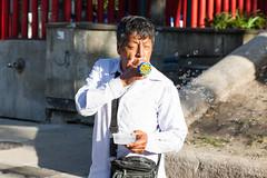 Street Portrait, Mexico City (Geraint Rowland Photography) Tags: man maleportrait mexican mexicanman mexicanstreetphotography thestreets bubble blowingbubbles entertainer streetperformer streetportrait mexicocity 85 85mm