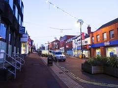 Market Street, Chorley, 2019 Dec 09 (Dunnock_D) Tags: britain chorley england gb lancashire marketstreet uk unitedkingdom blue lamppost shops sky streetlight