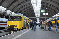NSR DDM set 7208 at Amsterdam Centraal, December 15, 2019 (cklx) Tags: 1768 ddm1 dubbeldekkers dubbeldekker bilevelcars excursion nvbs 1700 ns nederlandse spoorwegen