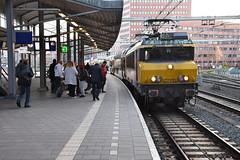 NSR 1768 and DDM1 set 7208 at Amersfoort, December 15, 2019 (cklx) Tags: 1768 ddm1 dubbeldekkers dubbeldekker bilevelcars excursion nvbs 1700 ns nederlandse spoorwegen