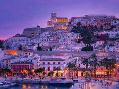 Ibiza sunset (jrblanco53) Tags: sunset atardecer ciudad town sky light sea port mar puerto ibiza casas houses catedral