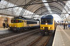 NRS 1768 and DDM meets DDZ at Zwolle, December 15, 2019 (cklx) Tags: 1768 ddm1 dubbeldekkers dubbeldekker bilevelcars excursion nvbs 1700 ns nederlandse spoorwegen