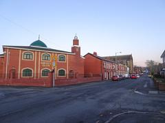 Da'watul Islam mosque, Chorley 2019 Dec 09 (Dunnock_D) Tags: britain brookestreet chorley dawatul england gb islam lancashire sacredheart uk unitedkingdom blue building church junction mosque road sky street