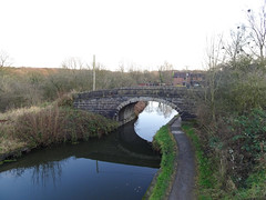 Crosse Hall Lane bridge over a canal, Chorley, 2019 Dec 09 (Dunnock_D) Tags: britain chorley england gb lancashire uk unitedkingdom blue bridge canal footpath grass green path sky trees water