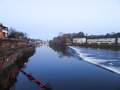Chester's weir, 2019 Nov 30 (Dunnock_D) Tags: britain cheshire chester dee england gb uk unitedkingdom blue citywalls dusk lateafternoon river sky twilight weir