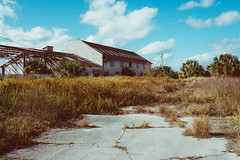 A Factory No More (J. Parker Natural Florida Photographer) Tags: mulberry polkcounty abandoned derelict exploration factor factory old plant rural rurex vsco vscofilm grainy retro florida centralflorida
