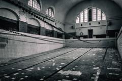 Wünsorf Schwimmhalle 2 (Stefan Gajda) Tags: verlassen kaserne alt berlin brandenburg lost place schwimmbad