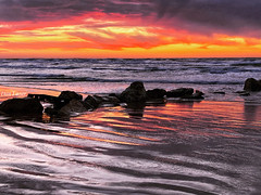 09BF3BAA-E26C-4AF4-A8DA-9102761A2D29 (Dan_lazar) Tags: sunset israel telaviv netanya beach sky clouds עננים שקיעה השתקפויות ים חוף נתניה תלאביב ישראל reflections