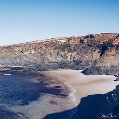 We met a few hikers, which did the Rota Vicentina - a 230km hike along the coast! After I heard these hikers, I have another experience on my bucket list :) #roadtrip #costavicentina #portugal #europe #enjoythemoment #lifeisgood #freedom #worldtraveler #w (alex.gee.photography) Tags: instagram ifttt