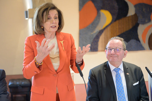 Visite Nancy Pelosi lunch Burglinster (1 by ChambreLux, on Flickr