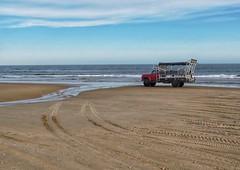 Adventure (carlos_ar2000) Tags: playa beach mar sea camion truck paisaje landscape agua water desierto desert cabopolonio rocha uruguay