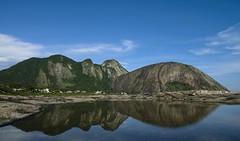 Costão visto da pedra do Pampo (mcvmjr1971) Tags: red nikon d800e praia itacoatiara niteroi brasil mmoraes dezembro 2019 sexta feira 13 costão pedra do elefante