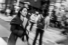 enter (rodalvas) Tags: ricohgr street people pan 東京 日本 bw ginza japan tokyo
