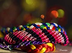 16_MM_Handmade (Anavicor) Tags: hmm mm macromondays pulsera bracelet macro90mm lunes lundi monday lunedi color handmade anavillar anavicor villarcorreroana bokeh