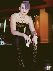 Maria (ingrid eulenfan) Tags: portrait porträt fotoshootings photoshootings outfits outfit bar location tfpmodel frau woman sigma50mm14 50mm 50mm14 sonya77ii